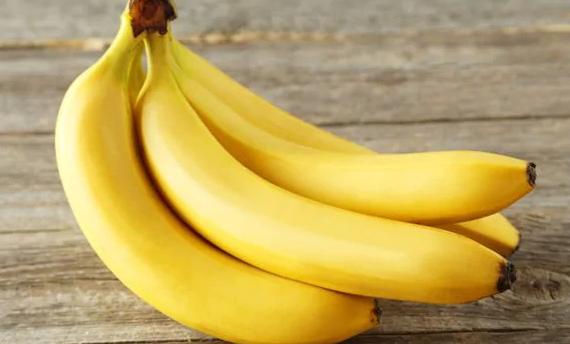 Banánová maska na vlasy:  získajte lesklé vlasy