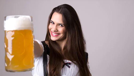 Pivo na vlasy: Tu je návod, ako používať pivo na dosiahnutie zdravých, jemných a lesklých vlasov